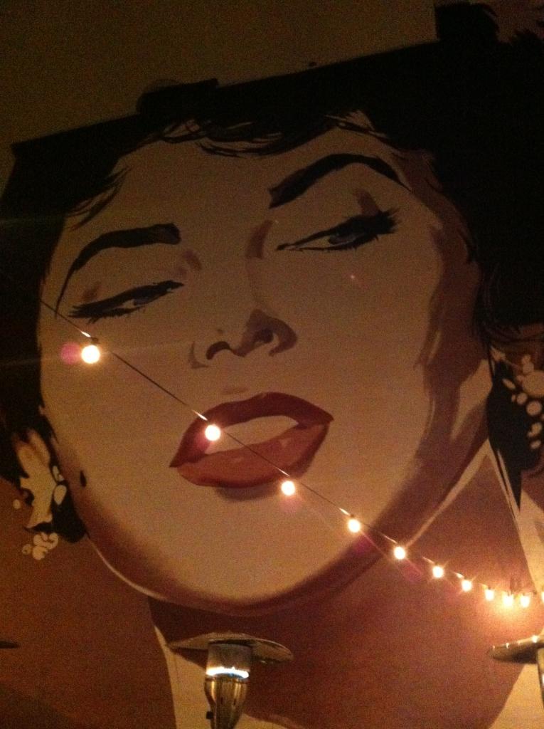 Mural of Elizabeth Taylor overlooking Dacha